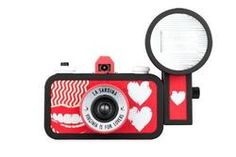 "Ready to dive into a romantic Lomographic experience? We've got the perfect camera for you! The La Sardina ""Virginia is for Lovers"" camera and flash package will usher you into a world full of analogue love and wide-angle possibilities!"