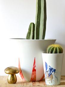 Spray Paint Marbled Planters