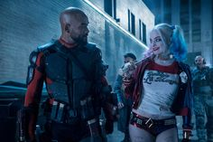 Fans dressed as Harley Quinn are taking Comic-Con by storm