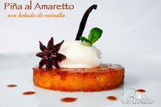 caramelized ananasa s sladoled od vanilije Amaretto Small Desserts, Mini Desserts, Vegan Desserts, Modern Bakery, Banana French Toast, Sweet Pastries, Weird Food, Recipe For 4, Mini Cakes