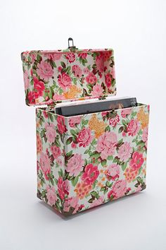 "Crosley 12"" Record Carrier Case in Floral - Urban Outfitters must have!!!!!"