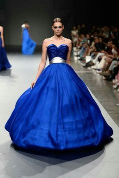 Vestido azul de princesa