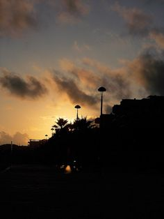 Atardecer Gaia, Celestial, Sunset, Outdoor, Magic City, Cities, Pictures, Outdoors, Sunsets