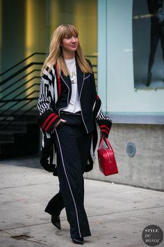 Lisa Aiken by STYLEDUMONDE Street Style Fashion Photography0E2A1011