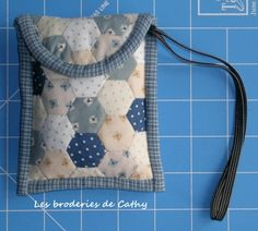 tutorial for camera bag- hexagons patchwork with binding