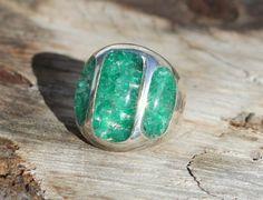 5.5 Carat Emerald Ring in 925 Silver  Price : $377.18 http://www.americanexportimport.com/5-5-Carat-Emerald-Ring-Silver/dp/B00JY3UXL0