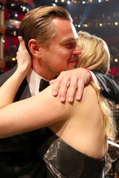 Leonardo DiCaprio and Kate Winslet Steal the Spotlight at the Oscars