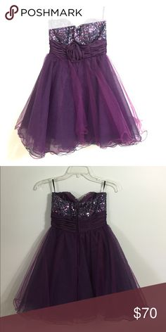 Deep plum homecoming dress - Size 3 Strapless plum dress is perfect for homecoming! It has sequins around the bust and tule at the bottom! Dresses Strapless