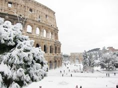 Already been to Rome but how amazing it would be to see it covered in snow!