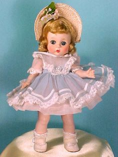 Glamour Girl Doll - 2