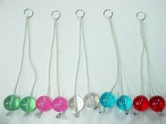 Clackers! OMG I has a pair of these! I'm not sure my knuckles have ever recovered!