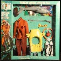 DANGER OF THE DEPTHS (v2), YOJOE.COM Gi Joe, Escape Car, Undercover Agent, Super Adventure, Classic Toys, Vintage Toys, Spy, Childhood Memories, Shark