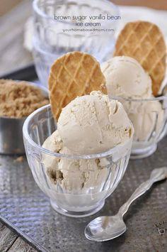 Brown Sugar Vanilla Bean Ice Cream - Your Homebased Mom Best Vanilla Ice Cream, Caramel Ice Cream, Homemade Vanilla, Homemade Ice Cream, Sorbet Ice Cream, Frozen Desserts, Frozen Treats, Frozen Yogurt, Frozen Custard