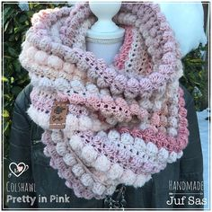 Colshawl Pretty in Pink handmade by juf Sas met gratis patroon - Colshawl Pretty in Pink handmade by juf Sas met gratis patroon 4 - Crochet Mandala, Freeform Crochet, Diy Crochet, Crochet Shawl, Crochet Crafts, Crochet Scarves, Crochet Clothes, Pretty In Pink, Diy Clothes And Shoes
