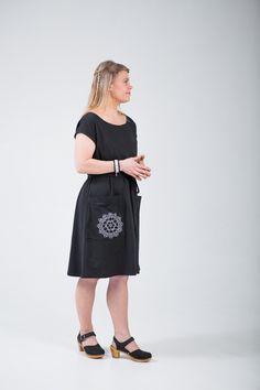 Black Pouta-dress with handprinted doily www.tuunietloru.fi