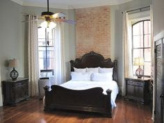 Luxury Romantic Retreat on Bourbon StreetVacation Rental in French Quarter from @homeaway! 396360vb