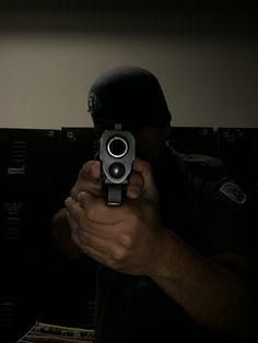 Trippie Redd, Armas Wallpaper, Gigi Hadid And Zayn, Assurance Vie, Mafia Gangster, Guns And Ammo, Trap, Portrait Art, Apple Tv