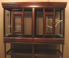 Deluxe flight cage - a bird cage with two cages in one for your pet bird.