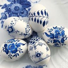 Happy Good Friday amigos Our tradition every year is to dye cascarones confetti filled eggs and had to share these amazing hand painted eggs I only wish they were mine charlottelouisaknights