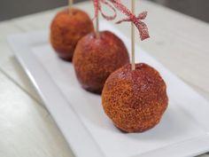 Receta de Manzanas Cubiertas con Chamoy | Prepara estas deliciosas y picositas manzanas cubiertas con chamoy, te encantarán y en las fiestas serán la sensación.