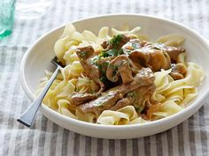 Find all the best Beef Stroganoff Over Buttered Noodles recipes on Food Network. We've got more beef stroganoff over buttered noodles dishes, recipes and ideas than you can dream of! Best Beef Stroganoff, Stroganoff Recipe, Chicken Stroganoff, Mushroom Stroganoff, Beef Dishes, Pasta Dishes, Beef Recipes, Cooking Recipes, Easy Recipes