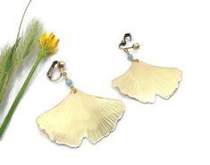 Copper ginkgo earrings, elvish earrings, vintage earrings, copper earrings, leaf earrings, wedding jewelry, birthday gift, bridal jewelry Dangly Earrings, Copper Earrings, Leaf Earrings, Stone Earrings, Vintage Earrings, Wedding Jewelry, Jewelry Box, Jewelery, Unique Jewelry