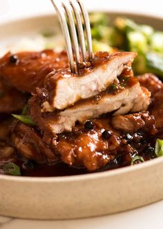 Close up showing juicy inside of Filipino Chicken Adobo Filipino Recipes, Asian Recipes, Filipino Food, Filipino Dishes, Asian Foods, Ethnic Recipes, Chicken Adobo Filipino, Recipetin Eats, Recipe Tin