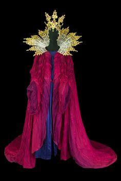 opera costumes | Costume pour Judith dans Le Château de Barbe Bleue , Opéra National ...