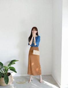 New fashion 2017 style skirts ideas Fashion Moda, Fashion 2017, Look Fashion, Trendy Fashion, Fashion Outfits, Womens Fashion, Fashion Ideas, Modest Dresses, Modest Outfits