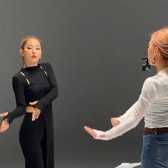 Cool Music Videos, Dance Music Videos, Dance Choreography Videos, Fashion Mumblr, Korean Girl Fashion, K Pop Music, Good Music, Hip Hop Dance Videos, Funny Disney Pictures