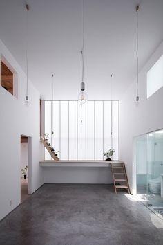 Shoji Screen House is a minimal residence located in Osaka, Japan, designed by Yoshiaki Yamashita Architect & Associates.