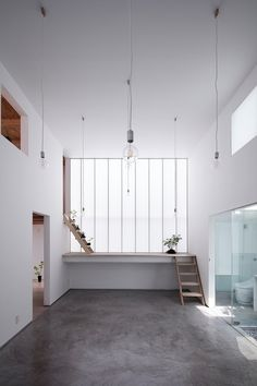 Shoji Screen House is a minimal residence located in Osaka, Japan, designed by Yoshiaki Yamashita Architect & Associates.