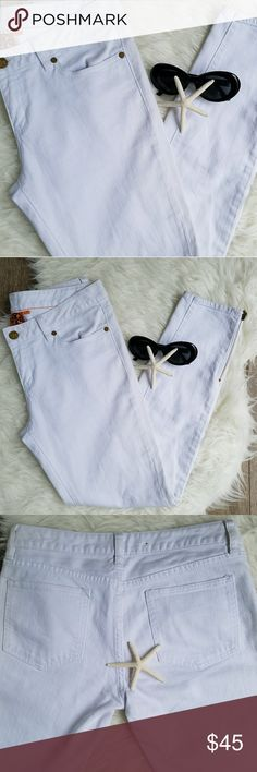"""Tory Burch Cropped  Slim Jean 29 Size 29....gently worn...perfect condition...gold zipper leg openings.  Cropped leg.  Slim fit.  White Denim. RISE 9"""" INSEAM 27.5"""" WAIST WIDTH FLAT 16.5"""" HIPS FLAT 18.5"""" ANKLE OPENING 5.5""""  ....very tight at the ankle but you unzip to get them over your feet.  Nice feature ♥♥♥ Tory Burch Jeans Skinny"""