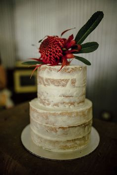Wedding Vows Non Religious Wedding Cakes With Sugar Paste Flowers! Funny Wedding Cake Toppers, Rustic Cake Toppers, Cool Wedding Cakes, Flowers Australia, Engagement Favors, Fresh Flower Cake, Personalized Cake Toppers, Autumn Wedding, Celebration Cakes