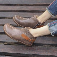 Handmade Women Shoes,Ankle Boots,Oxford Women Shoes, Flat Shoes, Retro Leather Shoes, Casual Shoes, Short Boots,Booties More Shoes: https://www.etsy.com/shop/HerHis?ref=shopsection_shophome_leftnav ♥♥♥♥♥♥If you do not know which size you need to choose, please tell me the size you usually