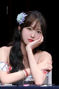 Cute Girl Pic, Cute Girls, Kpop Girl Groups, Kpop Girls, Exy Wjsn, Wjsn Luda, Air Force Blue, Cosmic Girls, K Idol