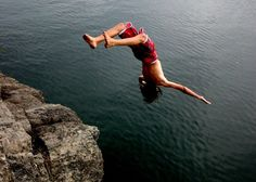 Cliff Jumping South Africa - Cliff jumping or cliff diving for the professionals is not normally available as an commercial adventure but a few operators around South Africa are starting to include it in their product range. Wilderness South Africa, Surf Movies, Rocky River, Cliff Diving, Adventure Holiday, Bungee Jumping, Adventure Activities, Coast, Bucket
