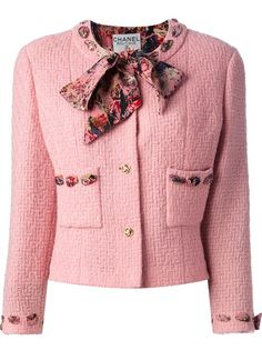 CHANEL VINTAGE - boucle jacket and skirt suit 7