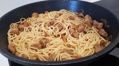 Espaguetis con solomillo de cerdo encebollado Spaghetti, Ethnic Recipes, Food, Al Dente, Onion Dip, Recipes, Essen, Meals, Yemek