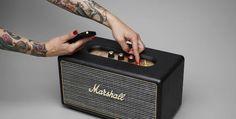 Uma caixa de som Marshall pra levar pra casa