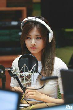#signal #twice #tzuyu #sana #mina #nayeon #jiyho #chaeyoung #jeongyeon #momo #dahyun