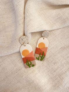 Cute Clay, Cute Polymer Clay, Polymer Clay Charms, Polymer Clay Creations, Polymer Clay Jewelry, Polymer Clay Tutorials, Diy Clay Earrings, Cactus Earrings, Beaded Earrings