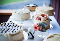 17 tentadoras mesas de pasteles para tu boda - Los detalles - NUPCIAS Magazine