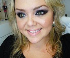 Andreza Goulart - Foi a primeira Guru, é a veterana no Youtube.  http://andrezagoulart.com.br