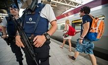 US student tells of his attack on French train gunman | World news | The Guardian