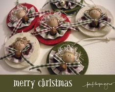 perfiloepersegno: ci siamo... ci siamo! Christmas Bulbs, Christmas Crafts, Christmas Decorations, Holiday Decor, Christmas Ideas, Angel Ornaments, Handmade Ornaments, Wood Crafts, Diy And Crafts
