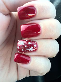Snowflake design on red nails | Nail Art. I would do blue instead of red.