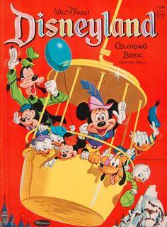 Disneyland Mickey mouse and his Netnews in Pluto in goofy Walt Disney, Disney Theme, Disney Toys, Cute Disney, Disney Magic, Disney Parks, Disney Stuff, Disney Rides, Disney Crafts
