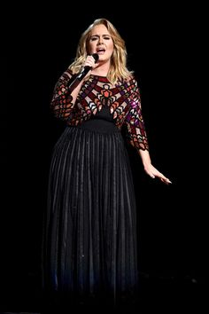 ADELE performed at the 2017 Grammy Awards in a heavily embellished Givenchy gown that took hours and seven artists to make. Diamond sparklers added extra wattage, while black velvet pumps kept the look grounded. Adele Grammys, Grammys 2017, Adele Adkins, Plus Size Gowns, Evening Dresses Plus Size, Melissa Mccarthy, Jackie Kennedy, Curvy Girl Fashion, Plus Size Fashion