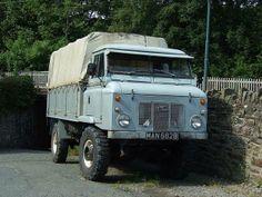 Land Rover Forward Control 101
